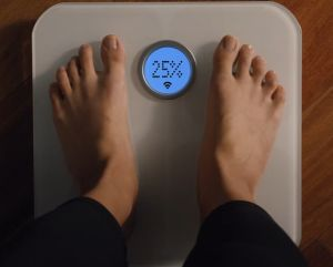 Fitbit Aria bascula grasa corporal media