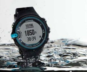 Reloj para nadar en el mar